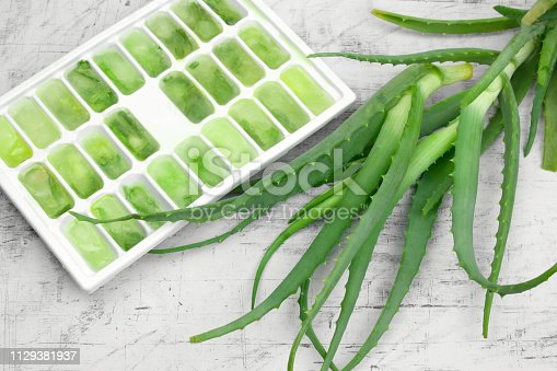 istock ice mold with frozen aloe juice, natural cosmetics 1129381937