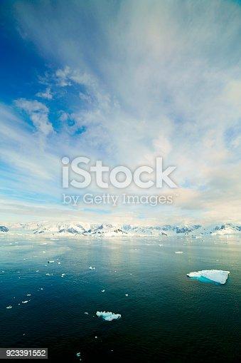 istock Iceberg in Paradise bay 923391552