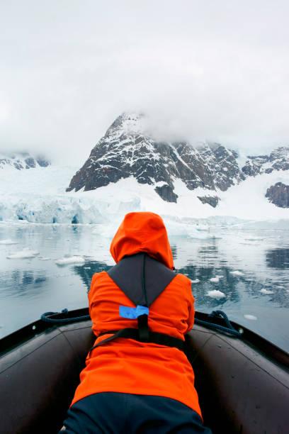 Tour de iceberg - foto de stock