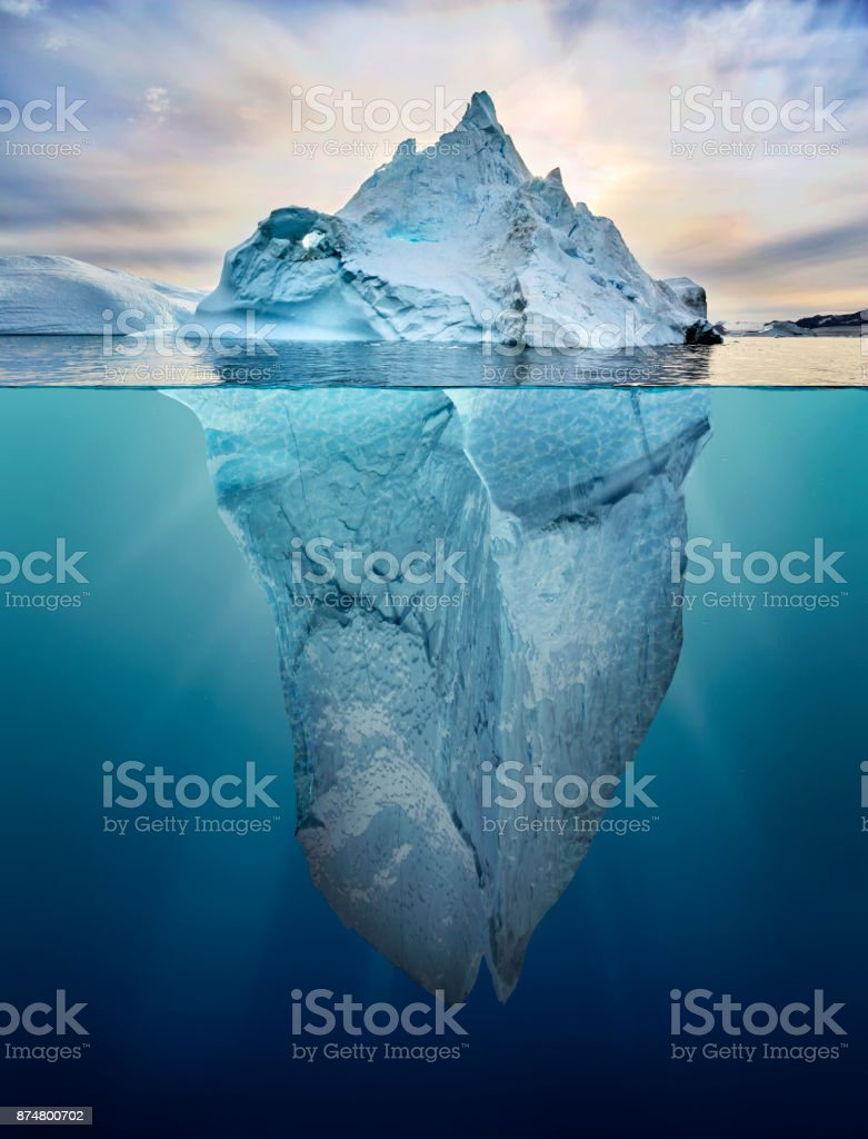 iceberg with above and underwater view foto stock royalty-free