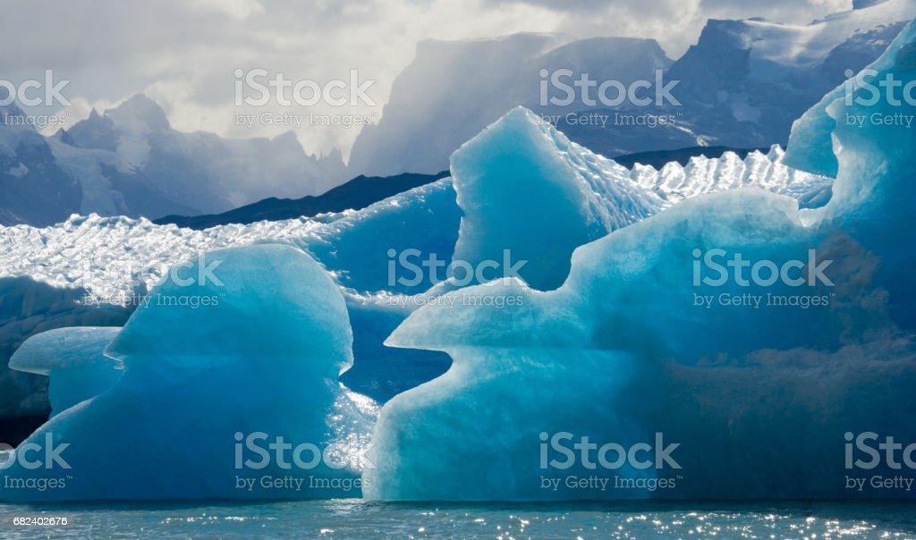 Icebergs in the water, the glacier Perito Moreno. photo libre de droits