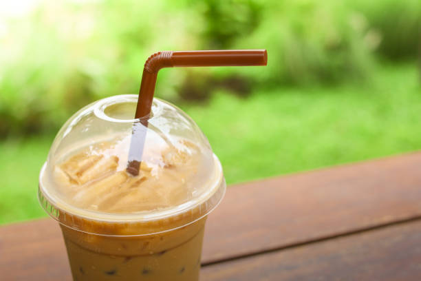 eiskaffee coffee - hausgemachter eiskaffee stock-fotos und bilder