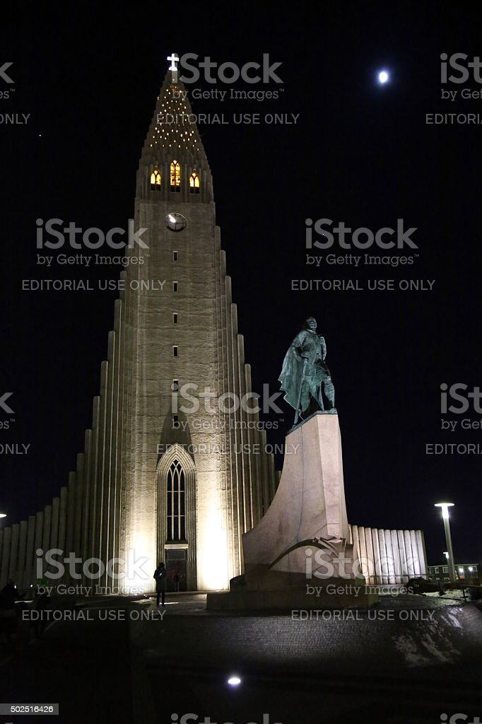 Iceland: Hallgrímskirkja and Leif Ericson Statue at Night stock photo
