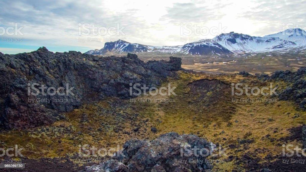 Iceland volcanice landscape field and volcano crater zbiór zdjęć royalty-free