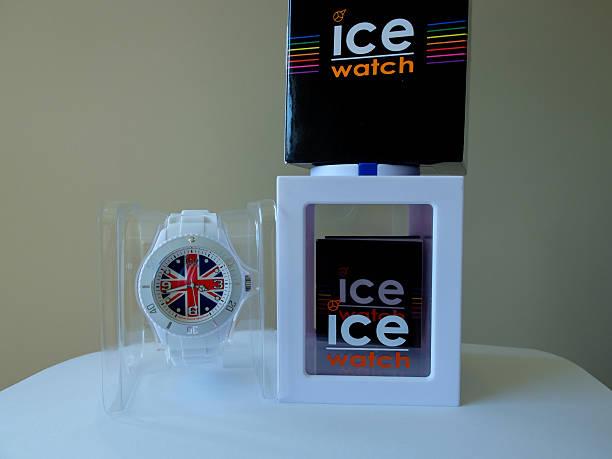 Icewatch united kingdom picture id498630411?b=1&k=6&m=498630411&s=612x612&w=0&h=5nfgt6cws5ywiwgwwkaxufpuwrbjurp7bm7lpsfzlh8=