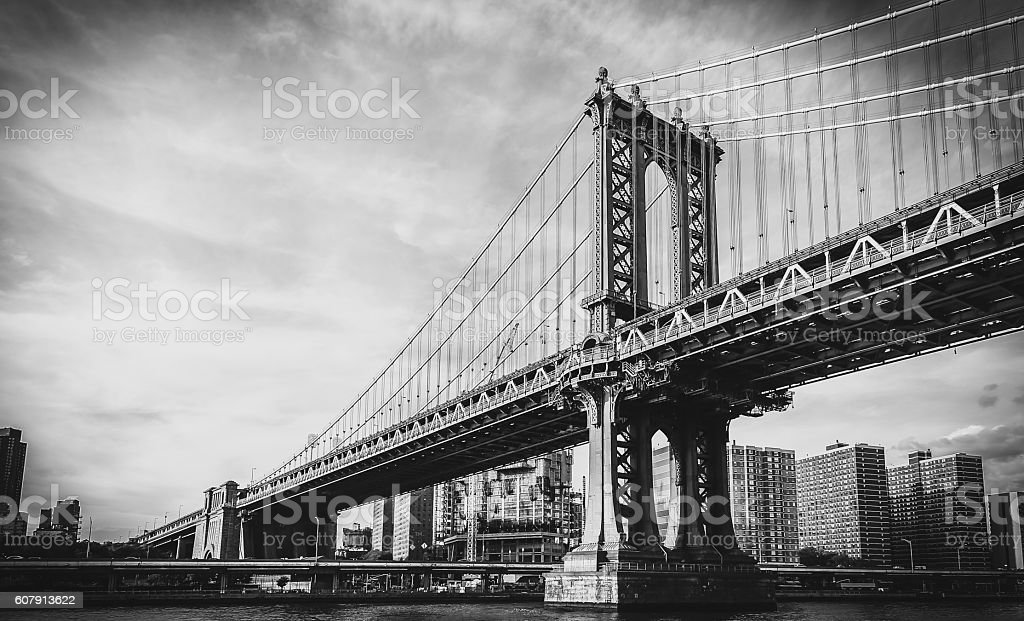 Black and white photography videos · iconic brooklyn bridge stock photo