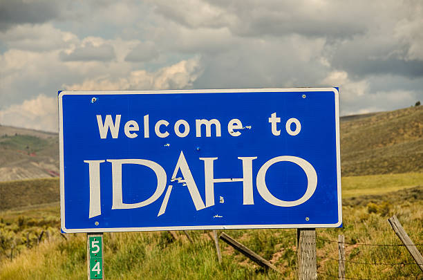idaho welcome sign - place sign stock pictures, royalty-free photos & images