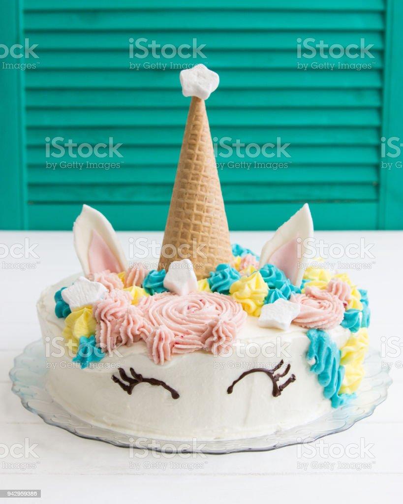 Idee Einhorn Kuchen Kinder Geburtstag Smaragd Grunen Verschluss