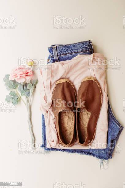 Ideal clothes for summer outfits a shirt jeans shoes view from above picture id1147398611?b=1&k=6&m=1147398611&s=612x612&h=jbvxxkuriity2h5 xe2srko2frurv1p cnfr 0ifiea=