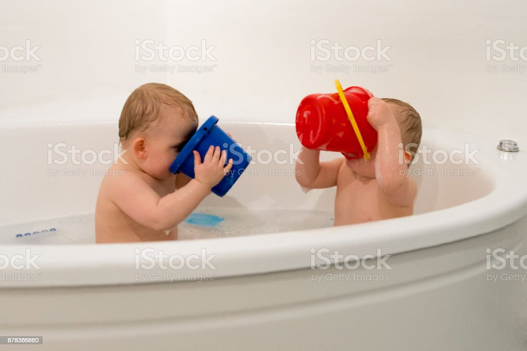 Identical Twins In Bathtub Stock Photo & More Pictures of Babies ...