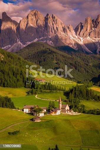 Idyllic Alpine landscape with St Magdalena church - Val di Funes, Dolomites alps – Italy