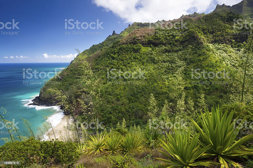 idyllic bay on the na pali coast trail, kauai, hawaii royalty-free stock photo