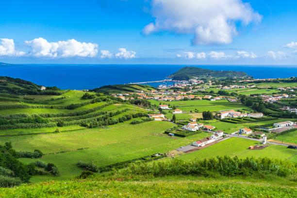Idyllische Landschaft auf der Insel Faial, Azoren, Portugal – Foto