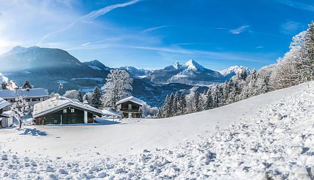 Idyllic landscape in the bavarian alps berchtesgaden germany picture id483082936?b=1&k=6&m=483082936&s=612x612&w=0&h=ut7smofovvnyjmtl08aji hhewty 7qpziphelbwlga=