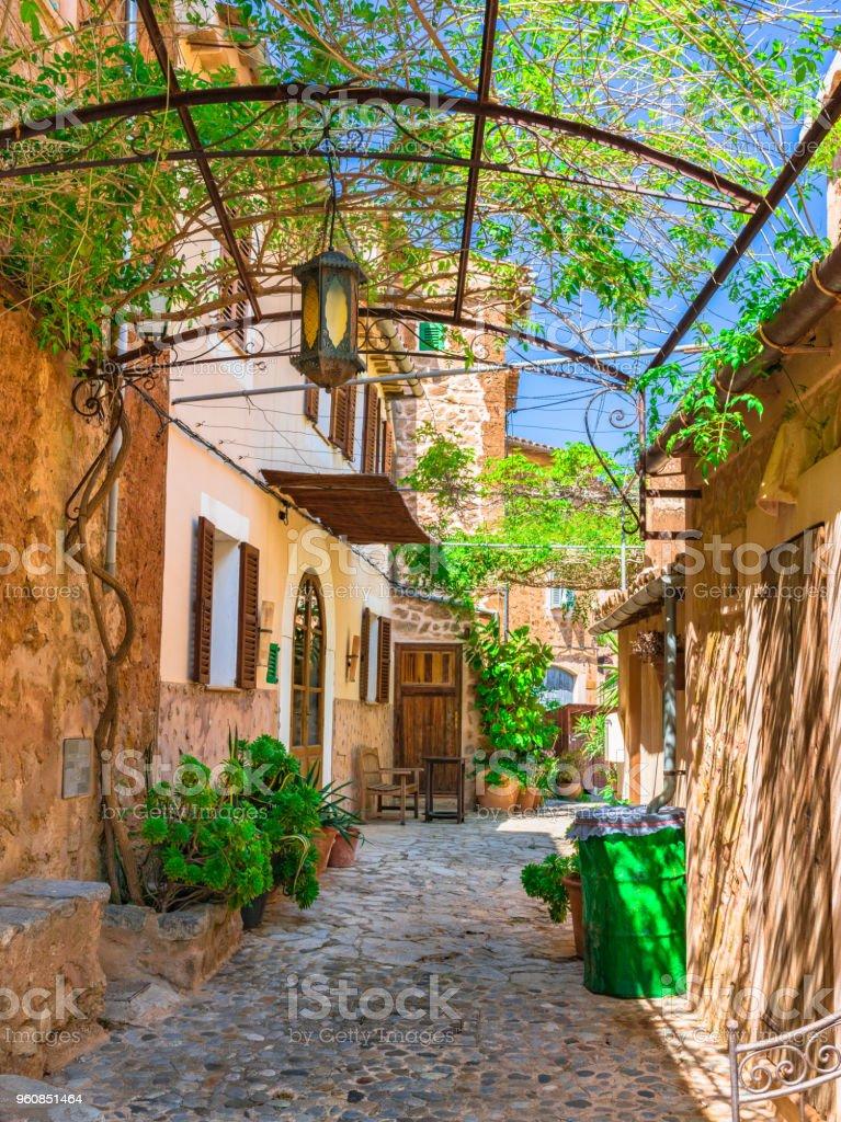 Photo libre de droit de Idyllique Maison Méditerranéenne ...