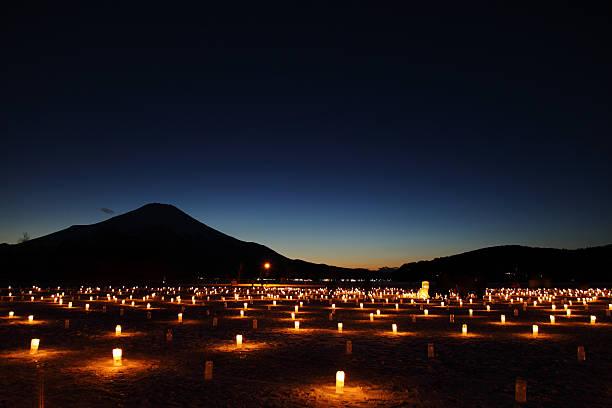 iice candle illumination in yamanakako, japan - japanische lampen stock-fotos und bilder