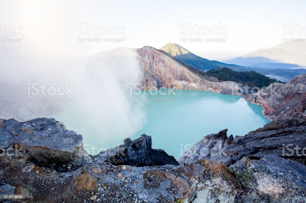 Krater van de Ijen foto