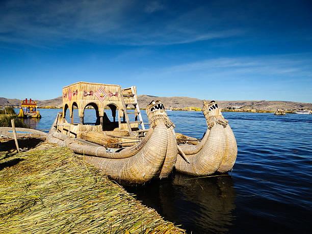 イルウル文化 au pérou - タキーレ島 ストックフォトと画像