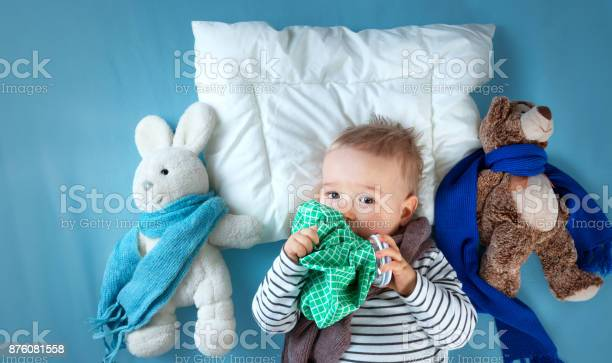 Ill boy lying in bed picture id876081558?b=1&k=6&m=876081558&s=612x612&h=xjjwcjvjmwpjqlqqrjsi7cgwnktlz5u5oqvh0qnyhc4=