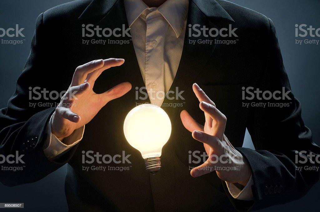 Ampoule éclairée photo libre de droits