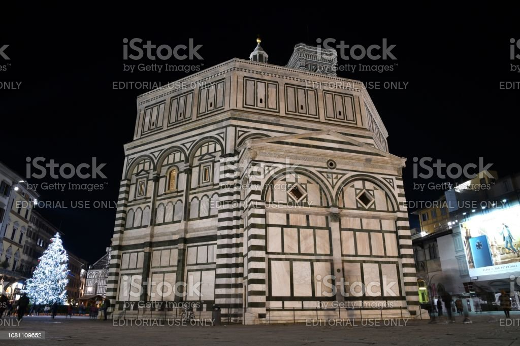 Christmas In Florence Italy.Illuminated Christmas Tree In Piazza Del Duomo In Florence
