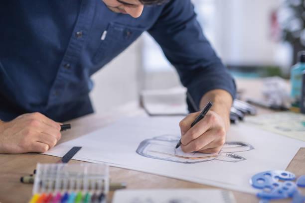 illustrator arbeit in modernen atelier - produktdesigner stock-fotos und bilder