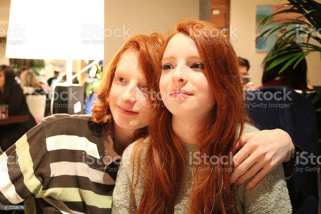 Рыжая сестру
