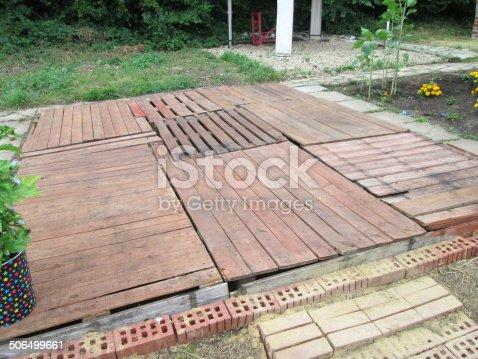 이미지 인색한 Decking 정원 나무 팔레트를 만든 0명에 대한 스톡 사진 및 기타 이미지 Istock