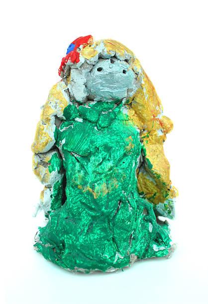 bild von hausgemachten bemalten ton meerjungfrau spielzeug von kind - kleine meerjungfrau kunst stock-fotos und bilder