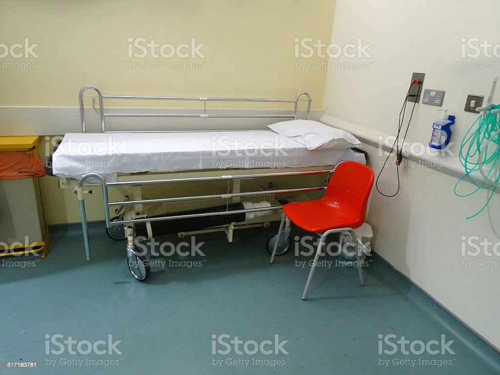 Image Of Hospital Examination Table / Bed / Couch In Doctor's Office  Royalty-free Stock