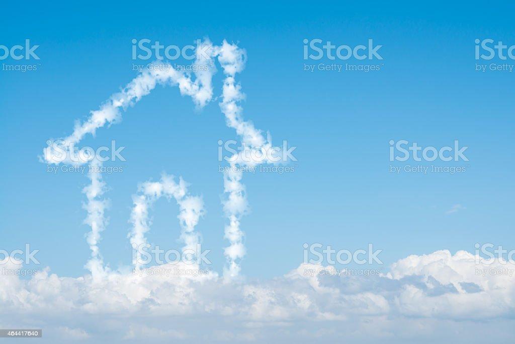 Nuage maison sur ciel bleu - Photo