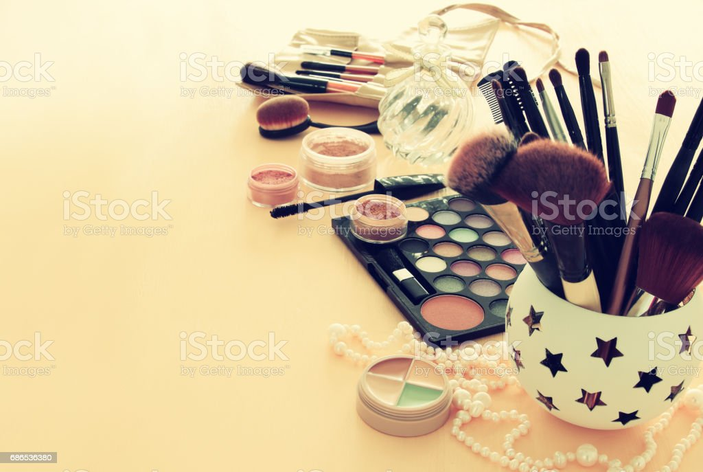 Image of makeup cosmetics beauty tools and brushes foto stock royalty-free