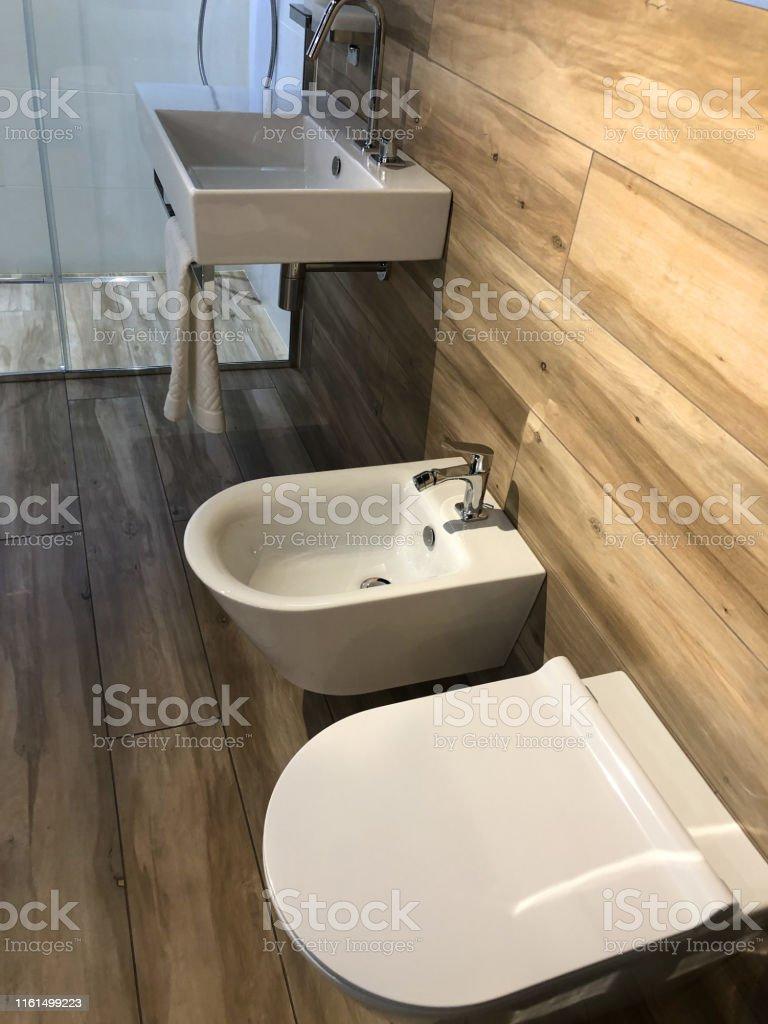 Bild Von Modernen Schwedischen Stil Garderobe Waschraum ...