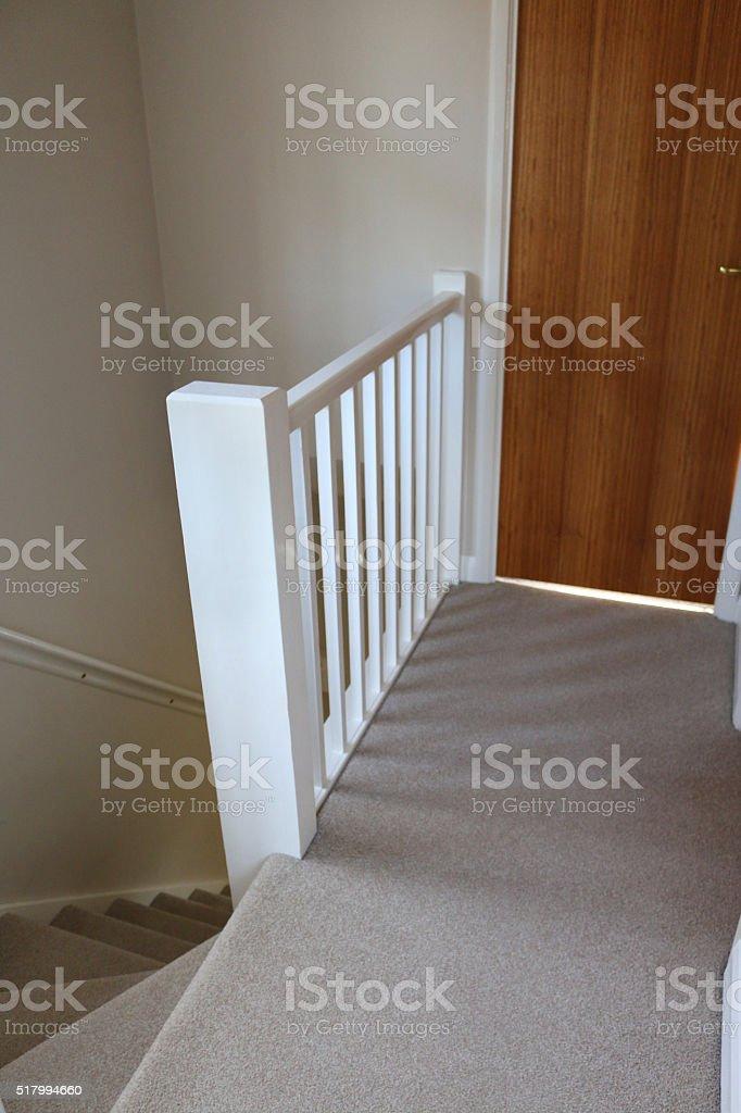 Bild Der Treppe Weiss Holztreppengelander Angesehen Von Haus Landung