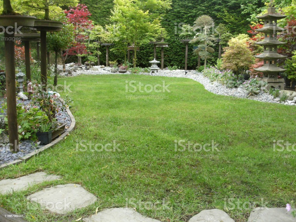 Image Of Stepping Stones Pathway In Garden Featuring Japanese
