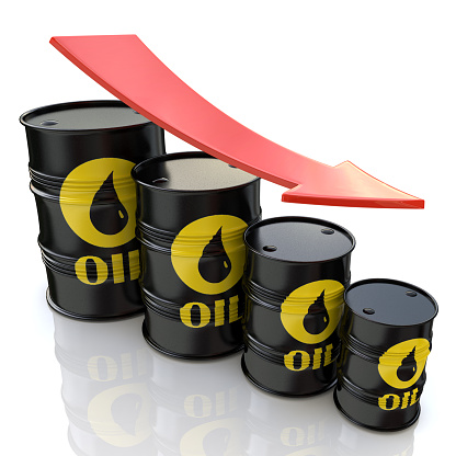 istock 3D image showing graph of decreasing oil prices 487354912