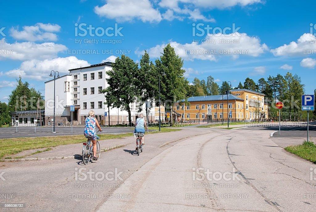 Imatra, Finland. People on Kanavakatu Street photo libre de droits