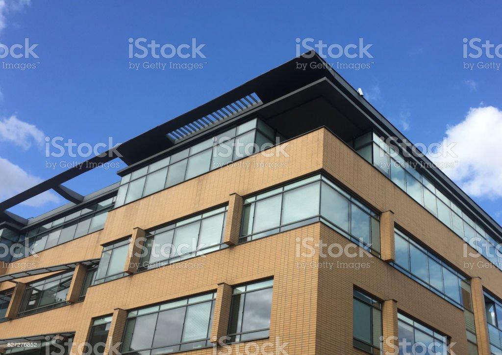 Immeuble De Bureaux Moderne Stock Photo More Pictures Of