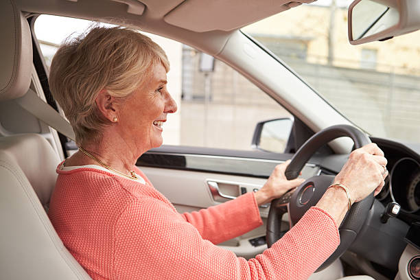 arguement paper are elderly drivers safe Should senior citizens have to take another driving test at age 70 older drivers have the worst safety record of any age group.