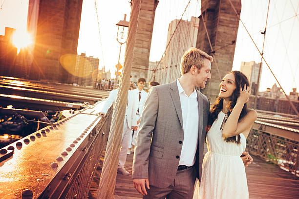 in liebe sie - verlobungskleider stock-fotos und bilder