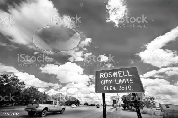 In roswell picture id877768032?b=1&k=6&m=877768032&s=612x612&h=knuz6u4plllskk mwdiz8bxkj dztj i9tanxmfxpuq=