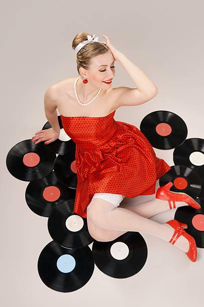 im stil der 50er und 60er - rock n roll kleider stock-fotos und bilder