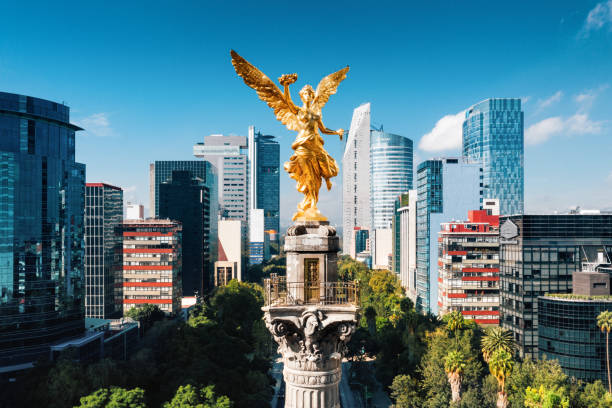 Independence Monument Mexico City Aerial view of Independence Monument Mexico City latin america stock pictures, royalty-free photos & images