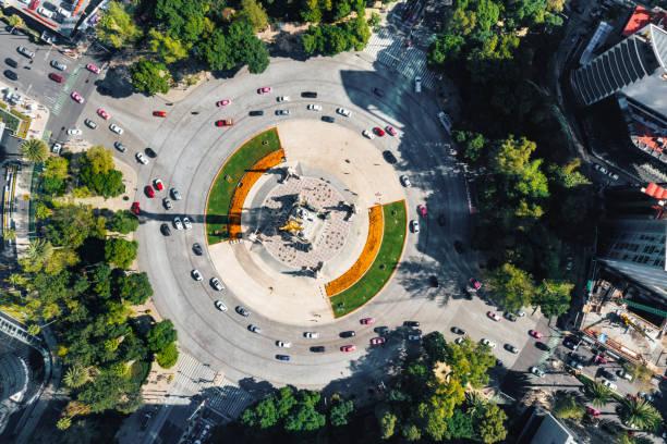 monument de l'indépendance de mexico city - rond point photos et images de collection