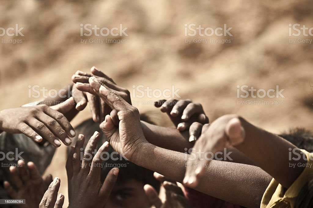 Indian Kinder joining hands together – Foto