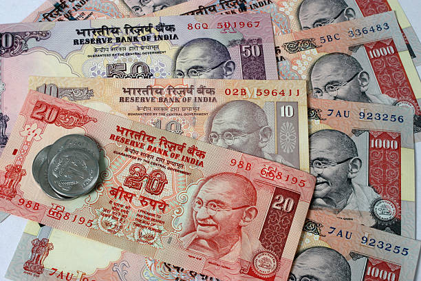indian currency Uae exchange offers the best foreign currency rates in uae buy or sell foreign currency at competitive rates check the latest currency exchange rates here.