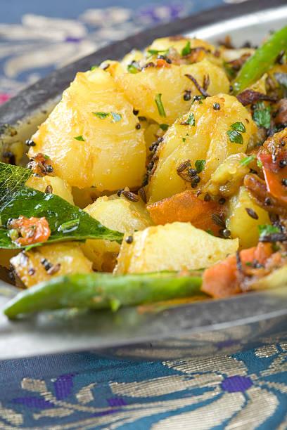 Indische Gericht Aloo mit Madraskaro – Foto