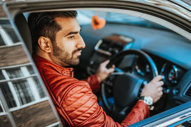 Indische Fahrer in das Crowdsourcing-taxi – Foto