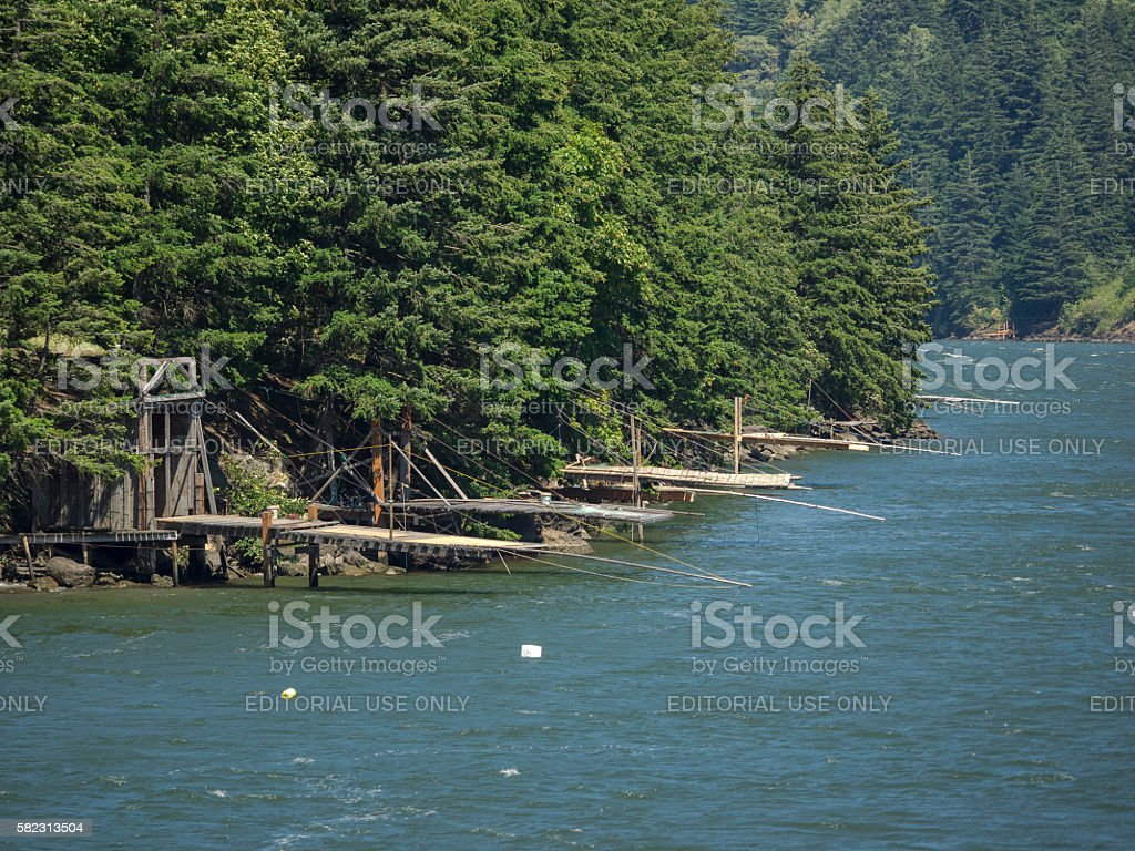 Indian fishing platforms on columbia river washington for Washington fishing license cost