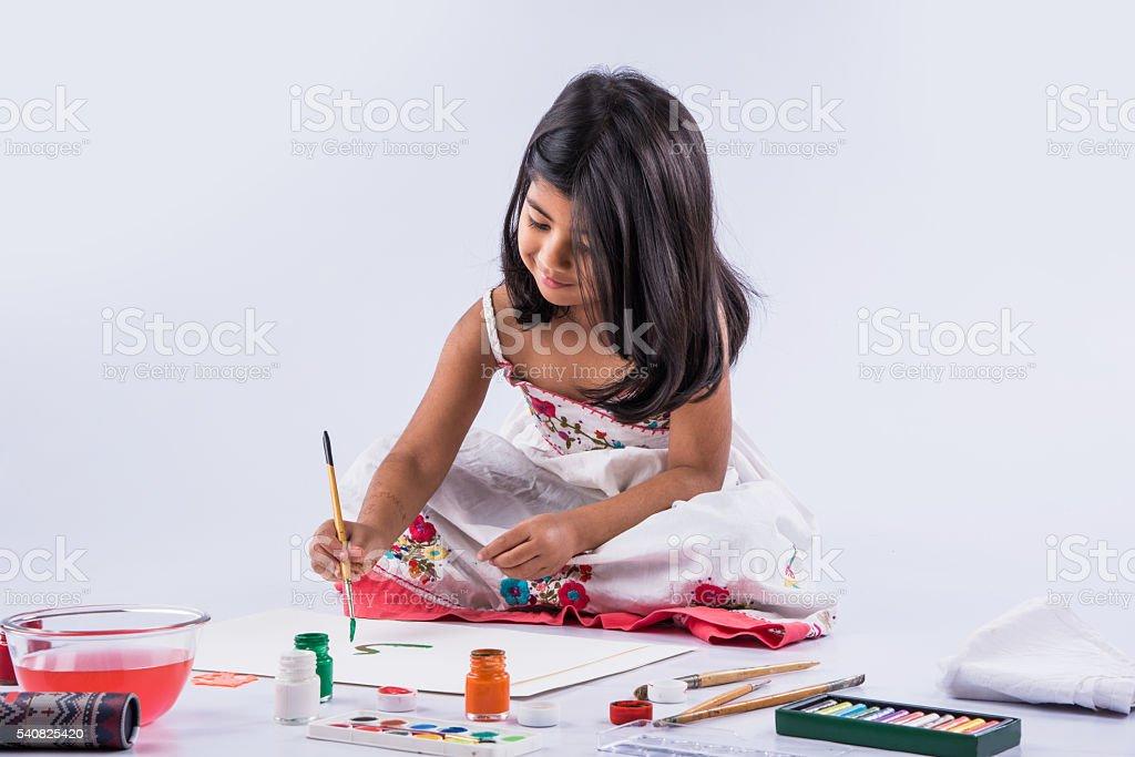 Fotografía de Dibujo Niña India India Chica Pintura Chica Asiática ...